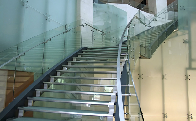 Commercial Glass Rails & Railing Systems